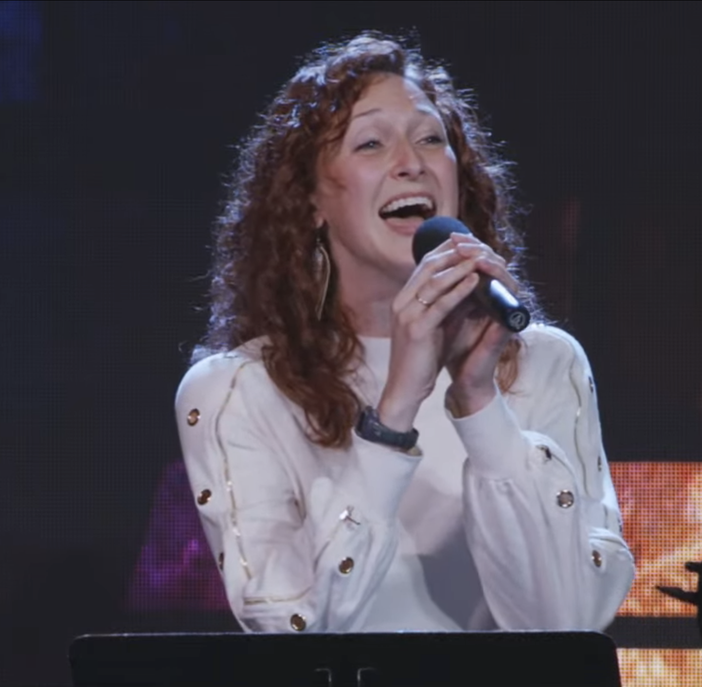 Katie Borden leads worship